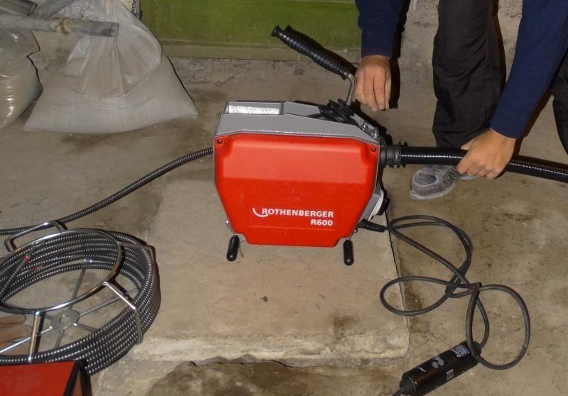 Отпушване на тръби с машина ROTHENBERGER - каналопочистваща машина здрава, мощна и компактна за отпушване на канали на най-високо ниво - ТОП цени за Велико Търново