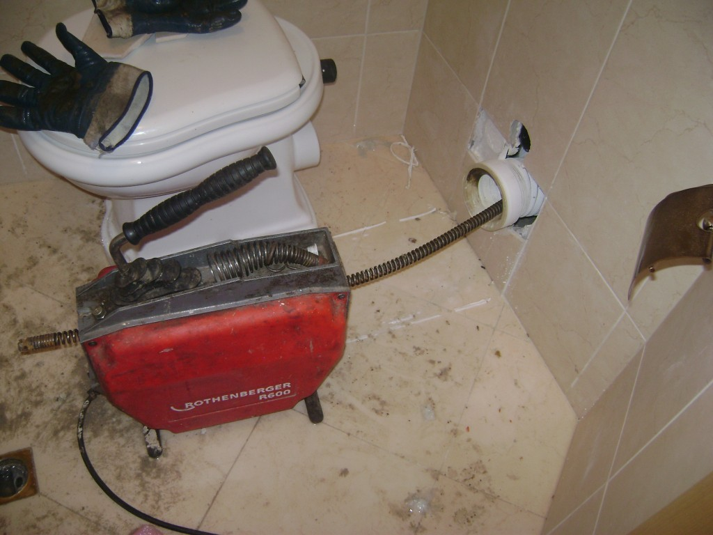 Отпушване на тоалетна чиния, моноблок, структора за вграждане на ТОП цени за Велико Търново